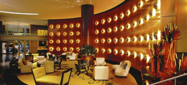 5 most luxurious art deco hotels in south beach miami - Deco lounge eetkamer modern ...